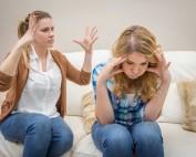 crise adolescence enfant colère conseils parents